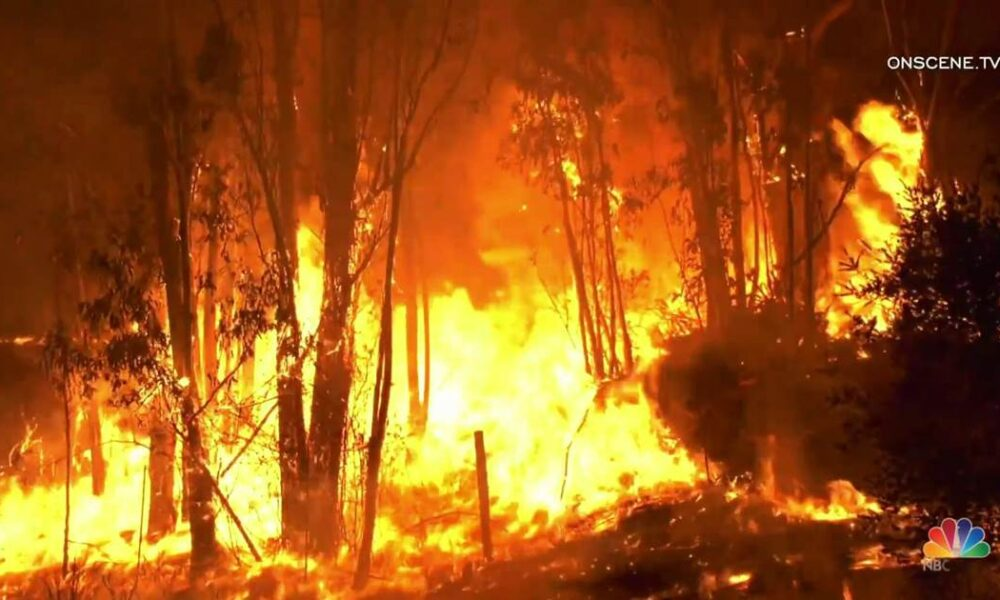 Wildfires in Northern California threaten tens of thousands of homes